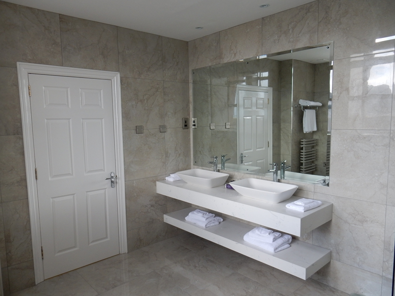 Luxury hotel bathroom renovation hotel bathroom design for Bathroom ideas ireland